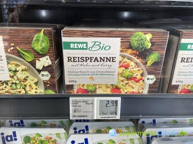 Foto von REWE Bio Reispfanne mit Huhn und Curry